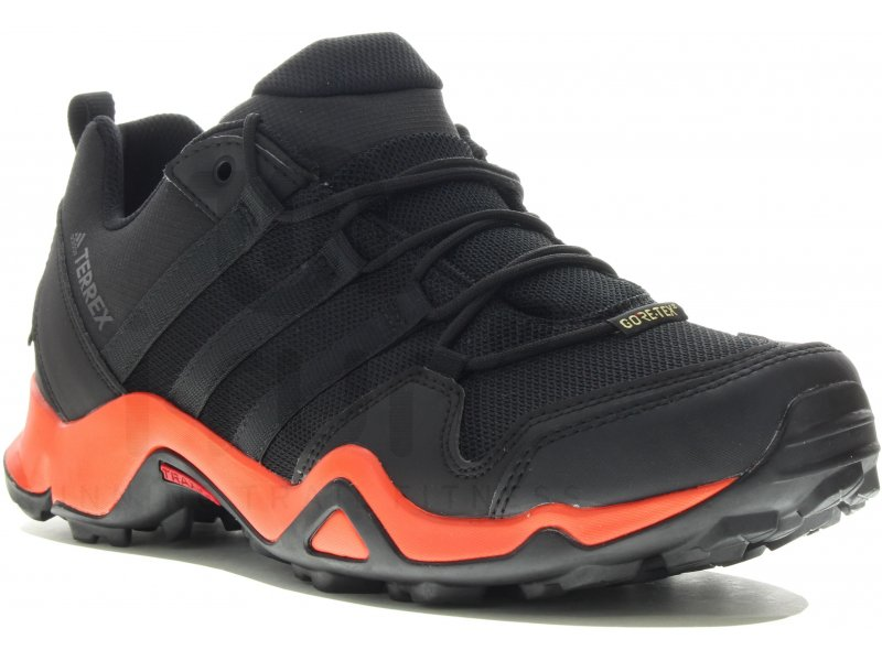 Chaussures Adidas Terrex rouges homme