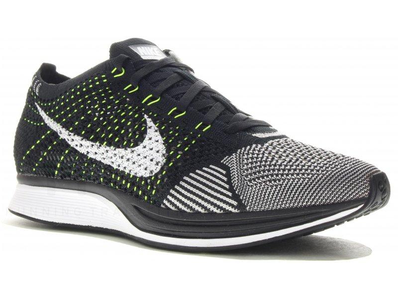 Nike Flyknit Racer M