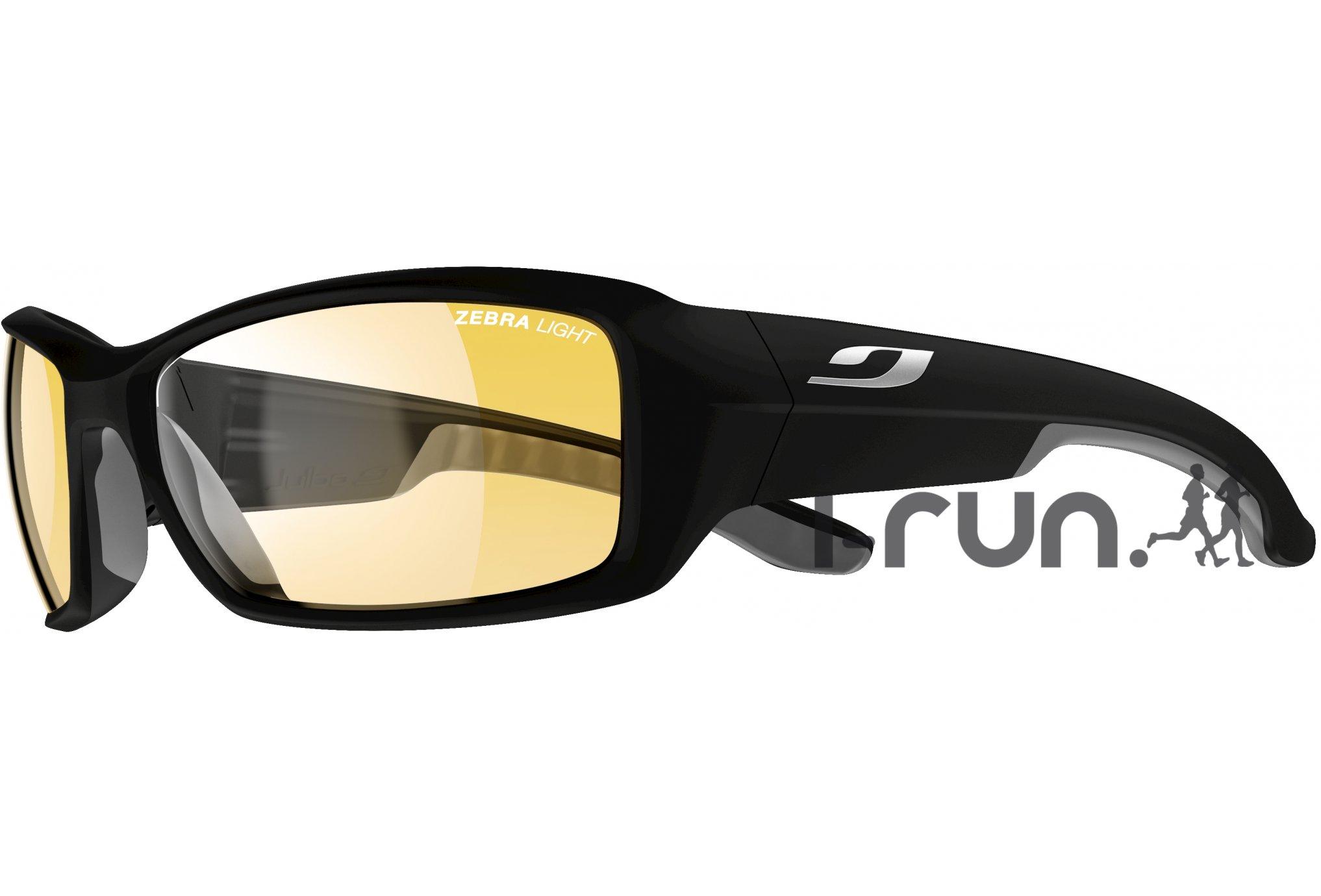 90b284c41765d  strong Julbo  strong  run zebra light photochromique  strong lunettes