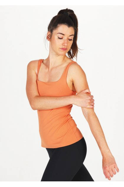 Nike camiseta de tirantes Yoga Luxe